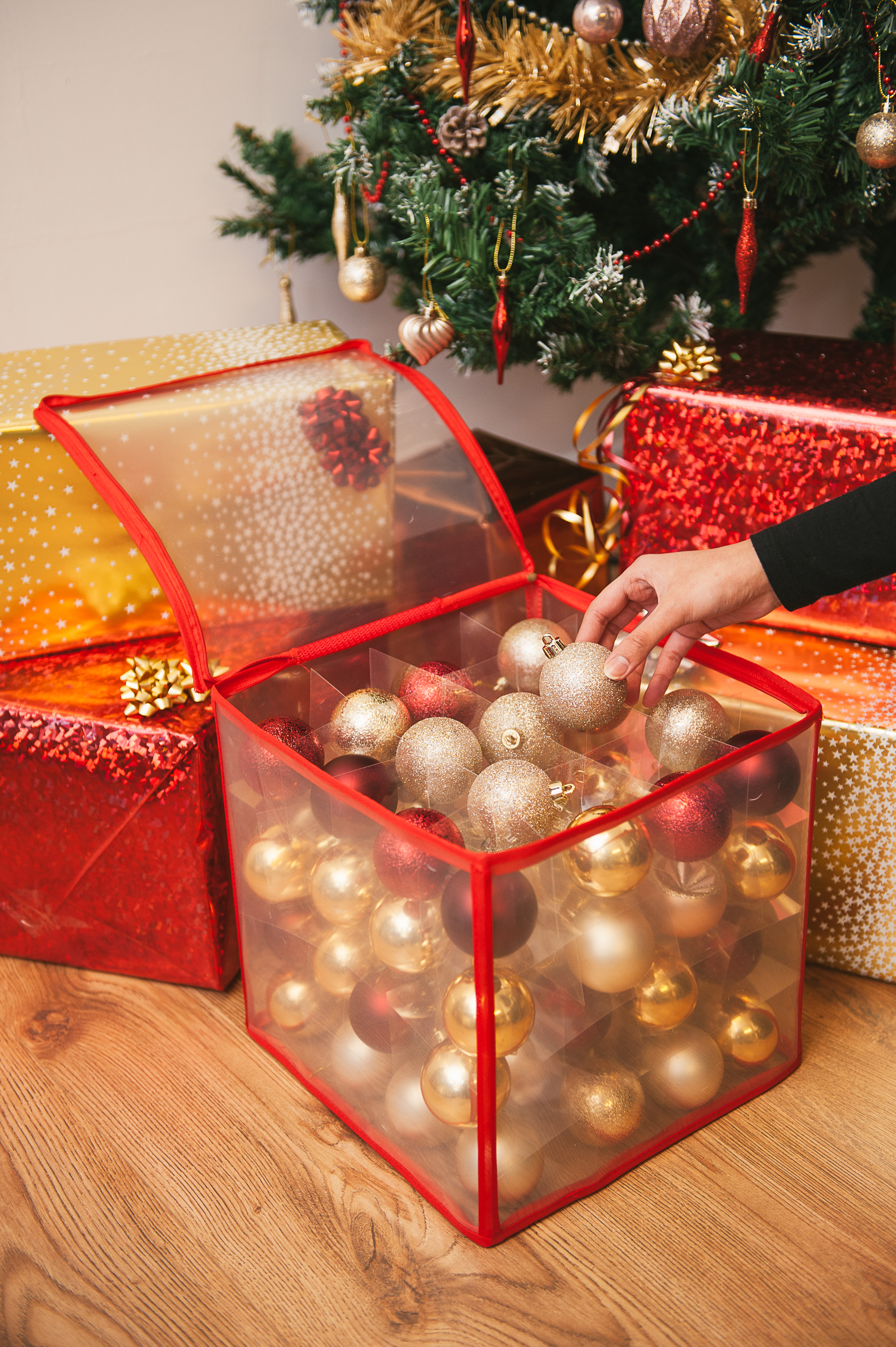 Christmas Tree 64 Bauble Decorations Holder Large Plastic Storage