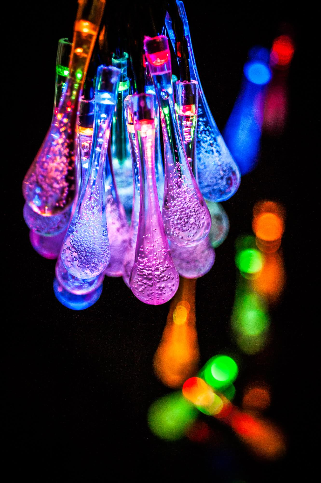 Solar 24 Led Water Drop Crystal String Multi Colour